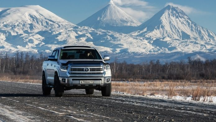 toyota tundra mileage (9 Questions Answered)