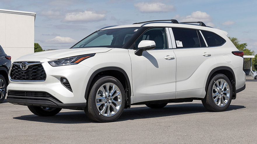 Why are Toyota Highlanders So Expensive? (3 Reasons Explained)