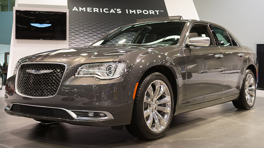 10 Cars Similar To The Chrysler 300 (With Pictures)